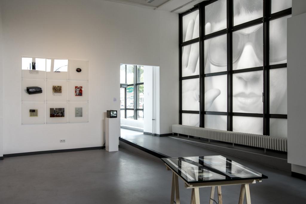 Ein Teil der Galeriefenster wird für die Installation